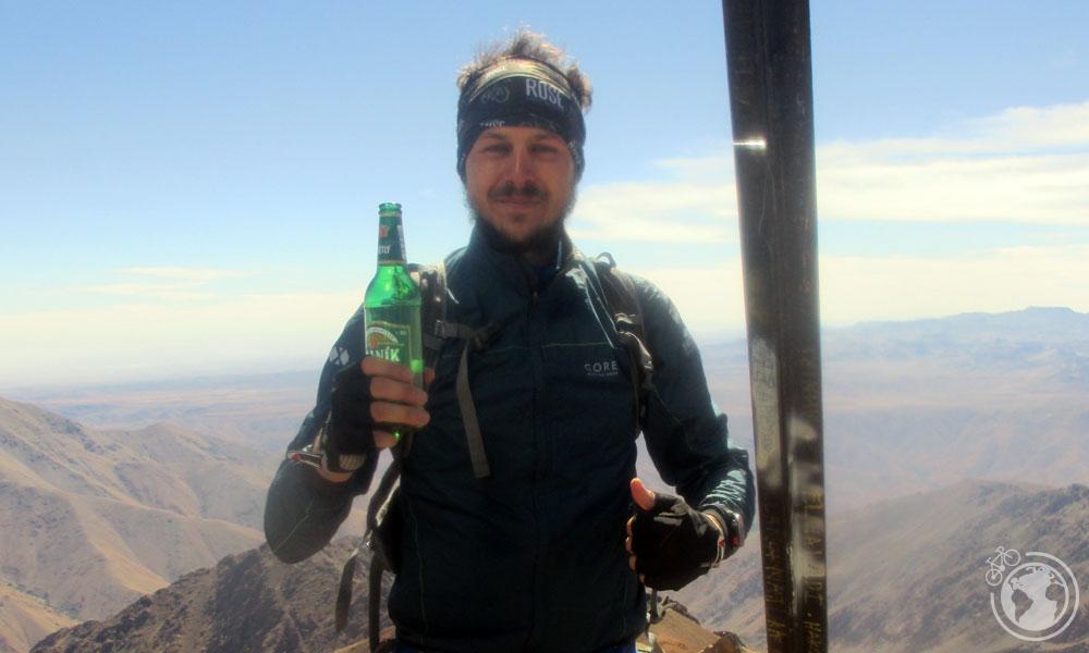 En la cima del monte Toubkal