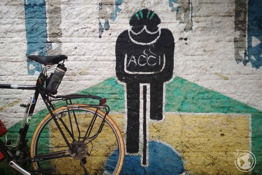 Mural en la casa del ciclista de Foz de Iguaçú