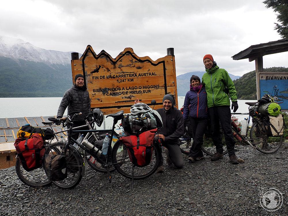 Fin de la Carretera Austral e inicio de nuestra particular ruta. Con Klaus, Kay y Fer.